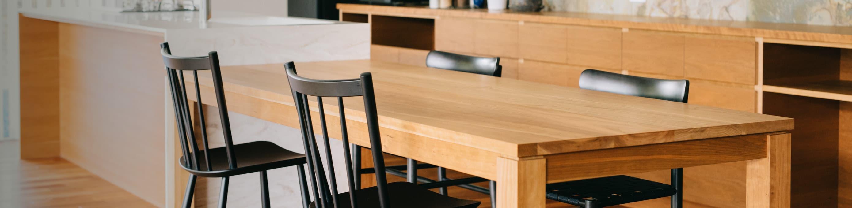 ダイニングテーブル・イス